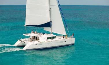 2009 Lagoon 440 Cruising Catamaran Rental In La Paz, Mexico For 12 Person!
