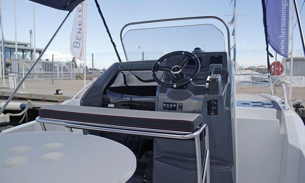 Rent 2019 Beneteau Flyer 5.5 Sundeck Boat in in Cambrils