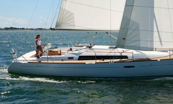 Go On An Sailing Adventure In Hamble-le-Rice, England