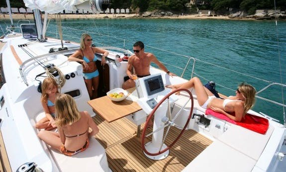 Enjoy A Great Sailing In Hamble-le-Rice, England On Oceanis Cruising Monohull!