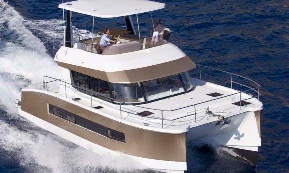 Explore Abaco, Bahamas On 37' Power Catamaran!