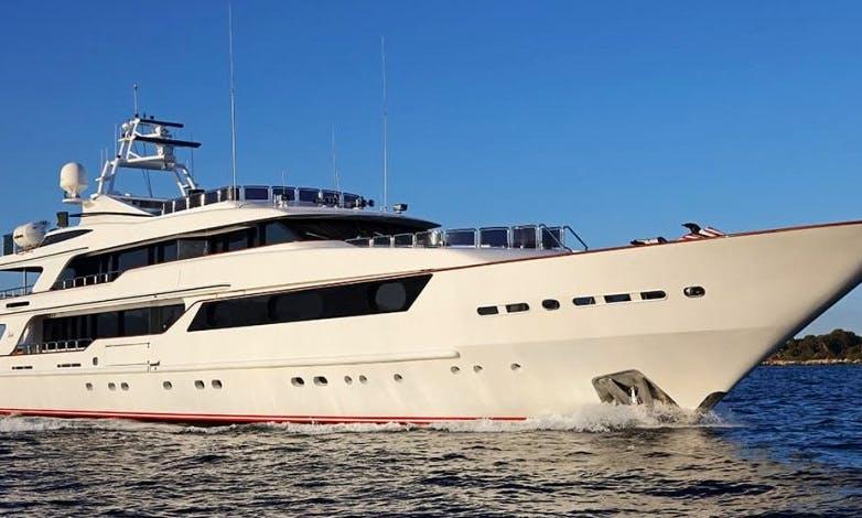 "164 Ft Yacht - ""Benetti B"""