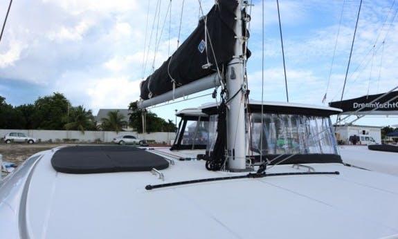 New Lagoon 42 Cruising Catamaran with A/C in Nassau, The Bahamas