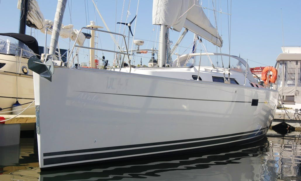 Hanse 430 Sailboat for 8 People in the Gulf of Tallinn, Estonia