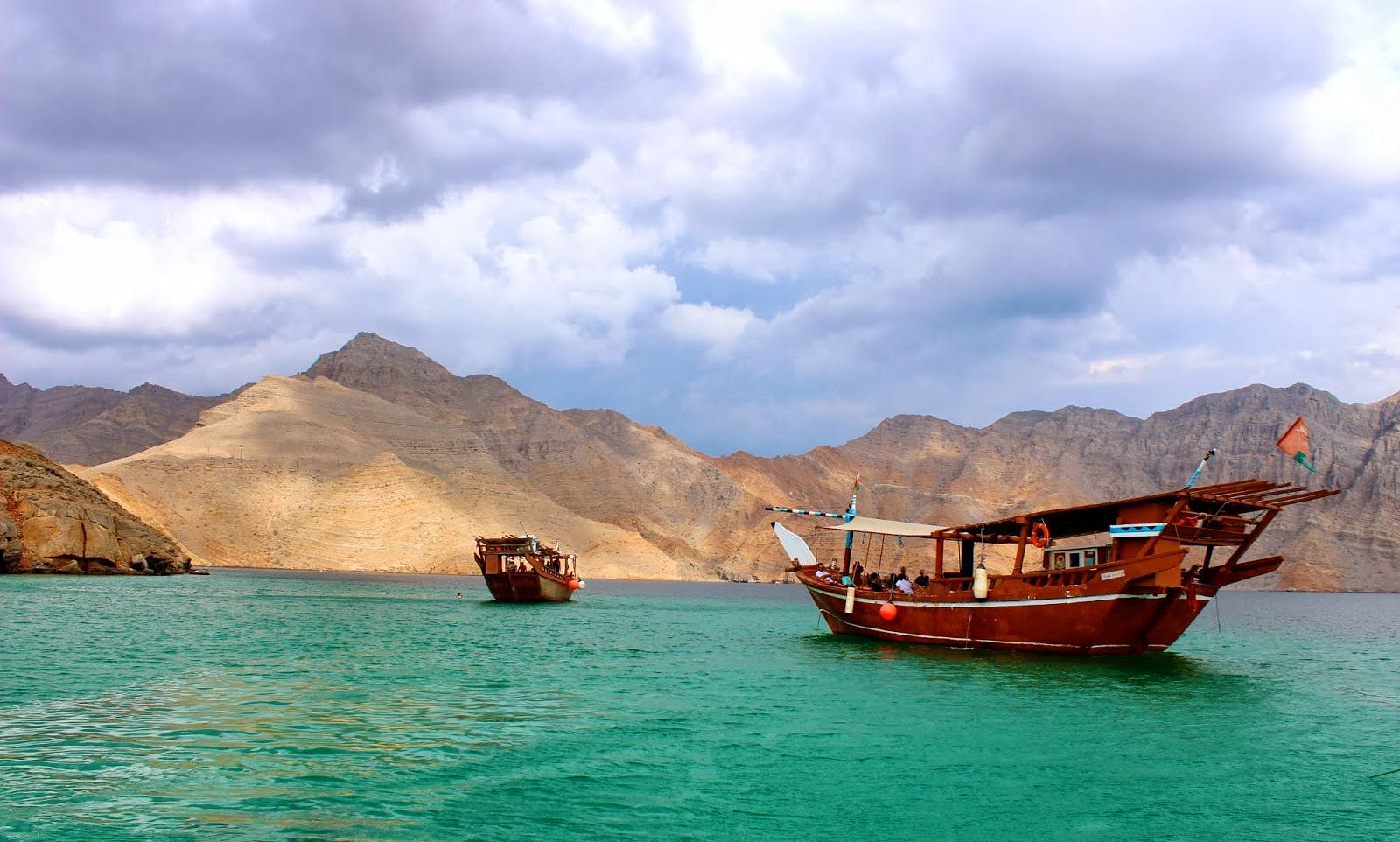 Full-Day Khasab Dhow Cruise for 25 People in Al Khasab, Oman