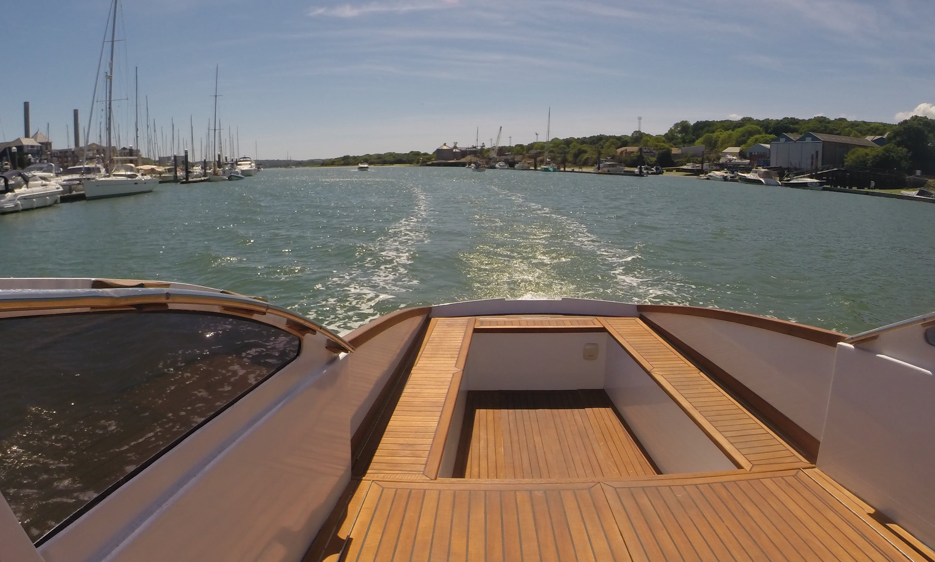 Classic British Powerboat skippered - Charter in the Solent