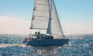 Sailing Tour On Lagoon 450 Cruising Catamaran in Queensland, Australia