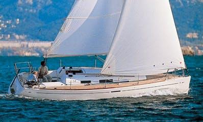 Go Sailing In La Trinité-sur-Mer, France Dufour 34 Cruising Monohull