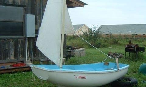 Spa Austin Whaler Sailboat Rental in Miami