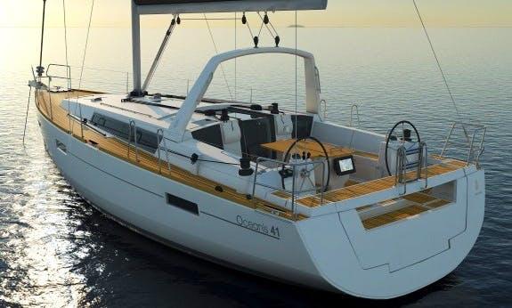 41' Oceanis Cruising Monohull Rental In Raiatea, Tahiti