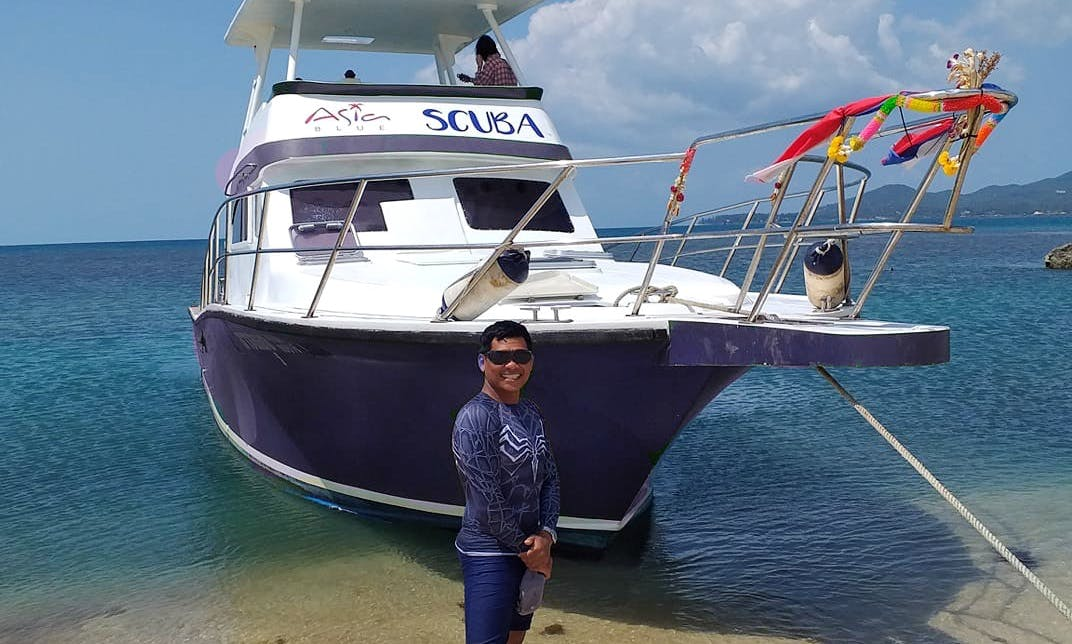 DIve Point - Scuba Dive and Snorkeling 3 Deck Cruiser Speedboat for rent in Koh Samui