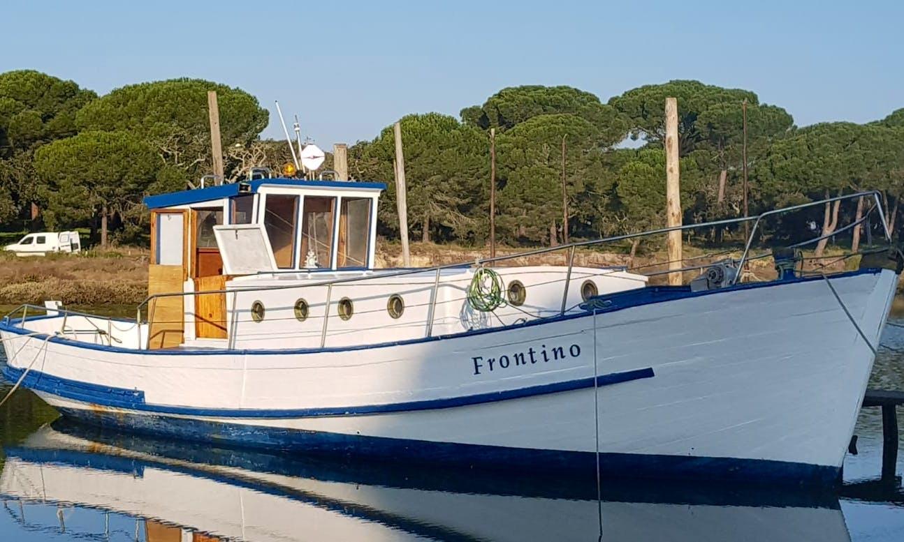 Classic Boat Rental in Lisboa