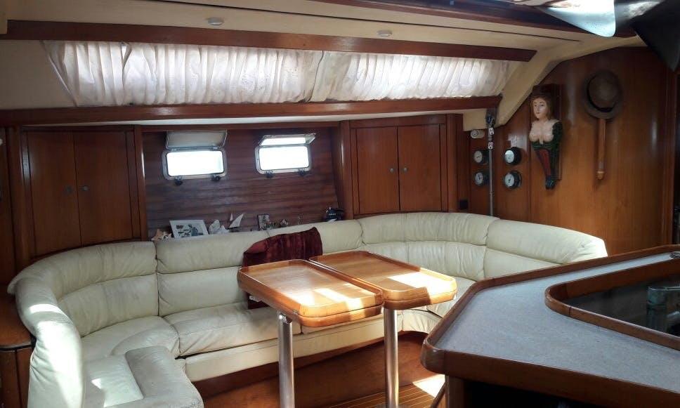 51' Jeanneau Sailing Yacht Charter with Captain in Guna Yala Comarca