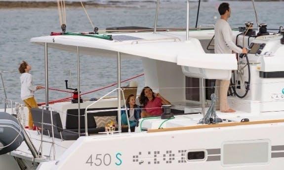 Book The Lagoon 450 Sportop Cruising Catamaran In Baie Sainte Anne, Seychelles