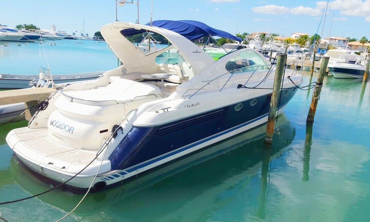 43' Fairline Targa Cuddy Cabin Yacht in Boca Chica