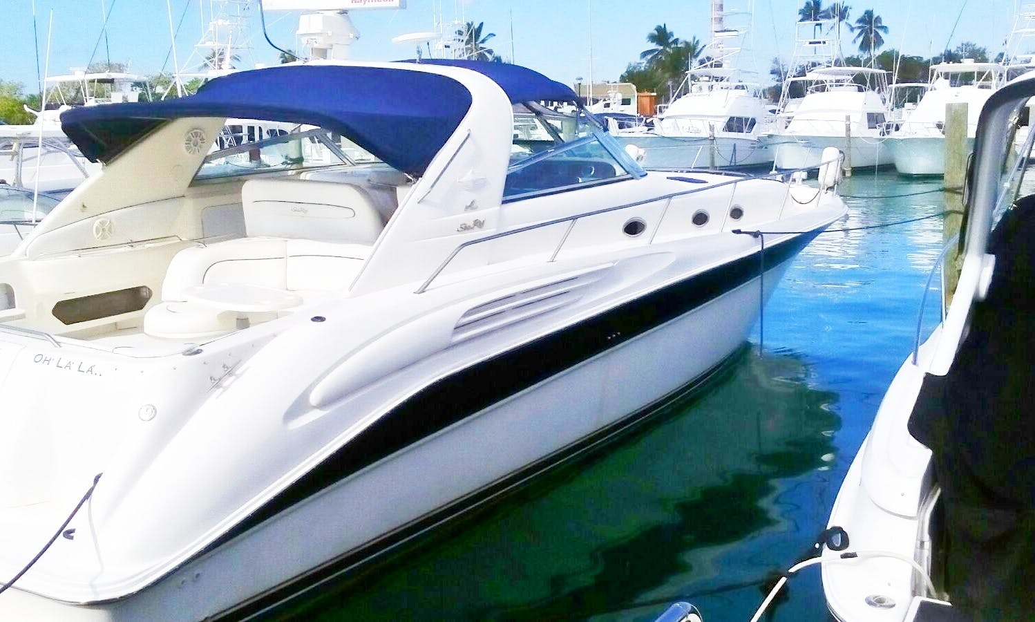 Rent the 42' Sea Ray Cruiser Yacht for 10 People in Boca Chica and La Romana
