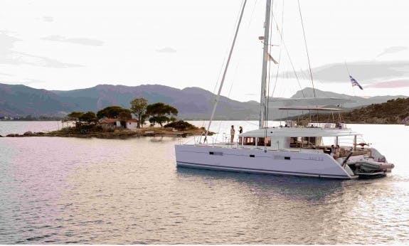Reserve The Lagoon 560 F Cruising Catamaran In Baie Sainte Anne, Seychelles