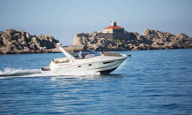 Jeanneau Leader 8 Motor Yacht Private Charter in Dubrovnik