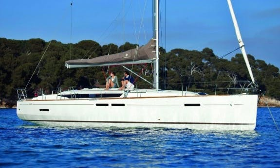 Reserve The Sun Odyssey 449 Sailing Yacht In Palma, Spain For 10 Person