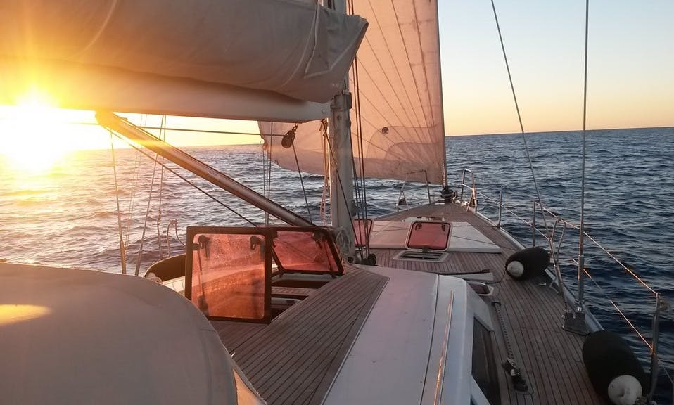 2H Sunset Cruise - Premium Shared Sailing Experience in Barcelona