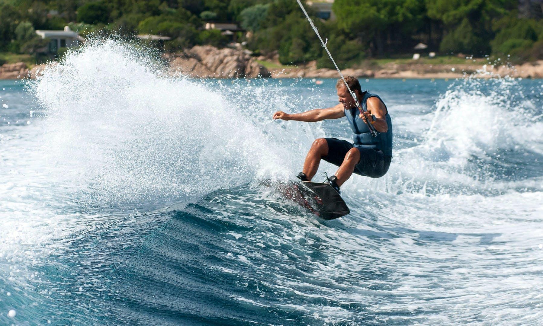 Wakeboarding rental in Liscia di Vacca - Porto Cervo - Sardinia