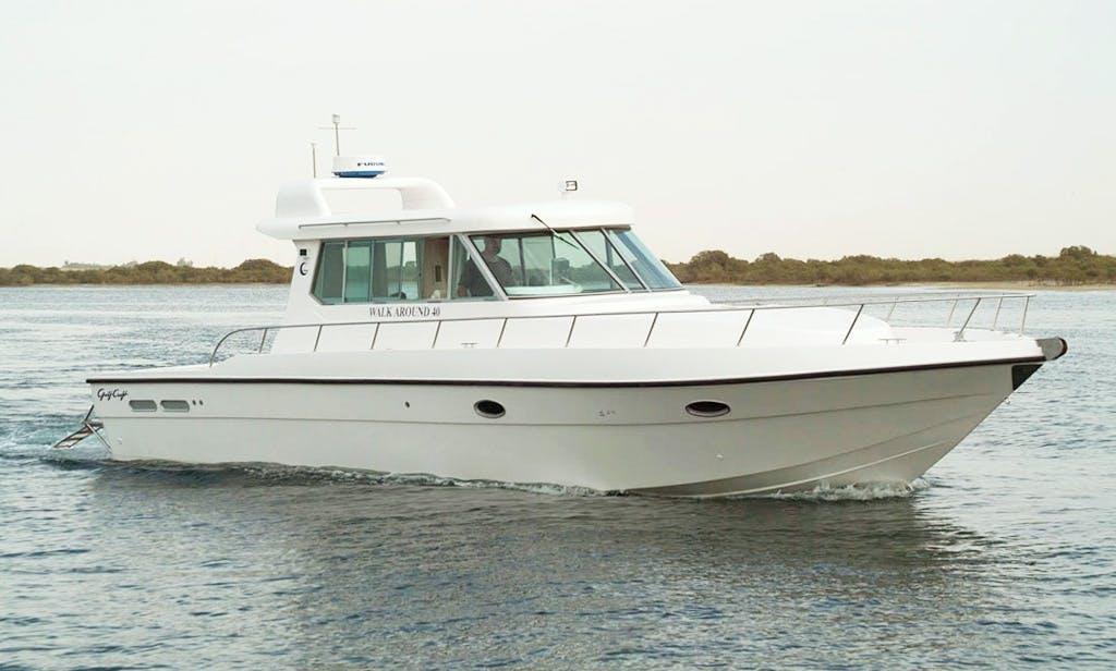 Luxurious Beautiful 40 foot Yacht on Rental