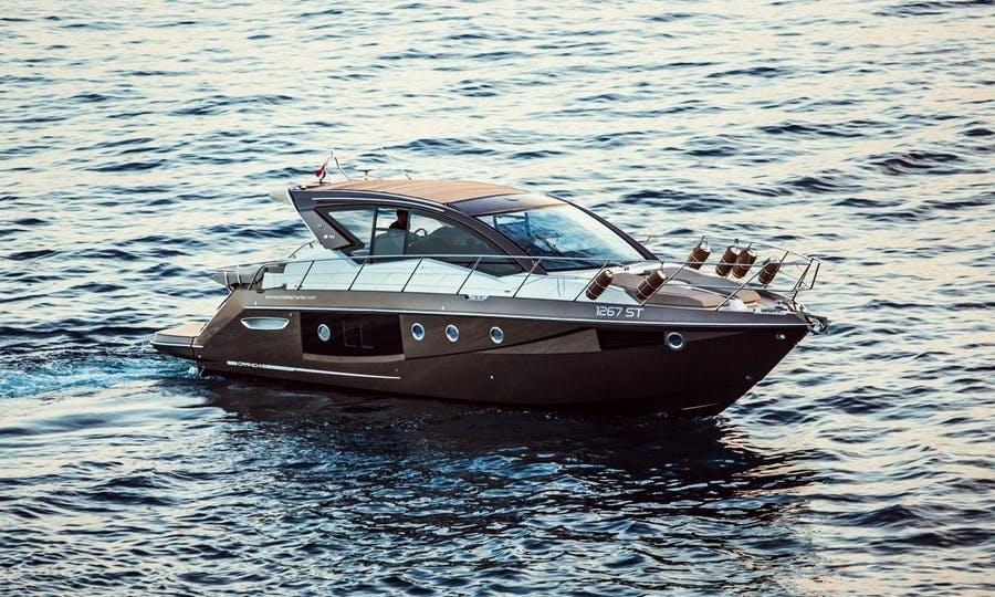 Power boat Cranchi M44 rent in Split Croatia