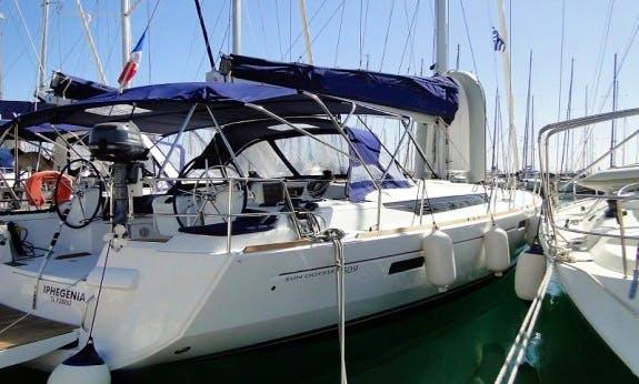 Sun Odyssey 509 Sailboat Bareboat Charter in Seget Donji