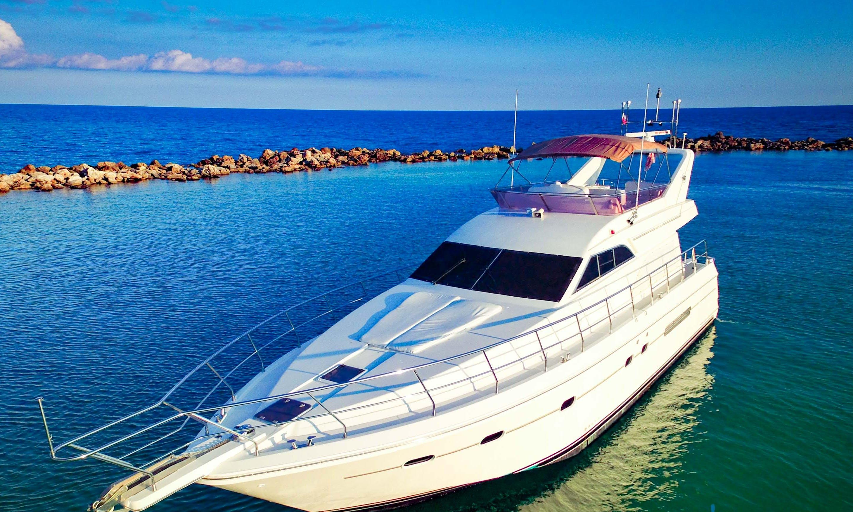 62' Motor Yacht rental in Playa del Carmen