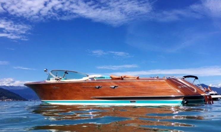 Iconic Motor Yacht  Riva Acquarama in Castellabate