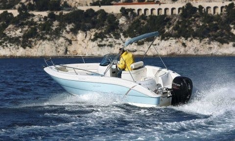 Reserve The Eolo 590 Open Bowrider In Vallauris, France for 6 people