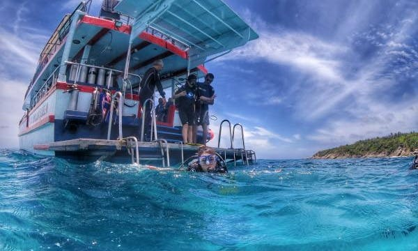 Book A Fun Diving Trip In Phi Phi Island, Thailand