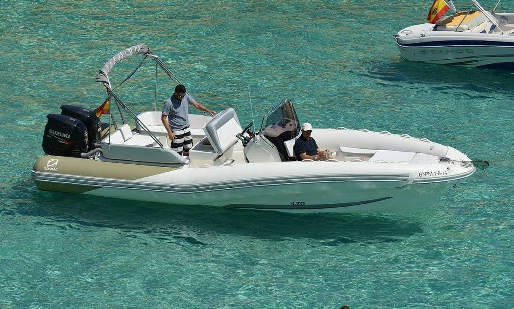 300 hp RIB Zodiac 760 Available for Rent in Palma, Spain