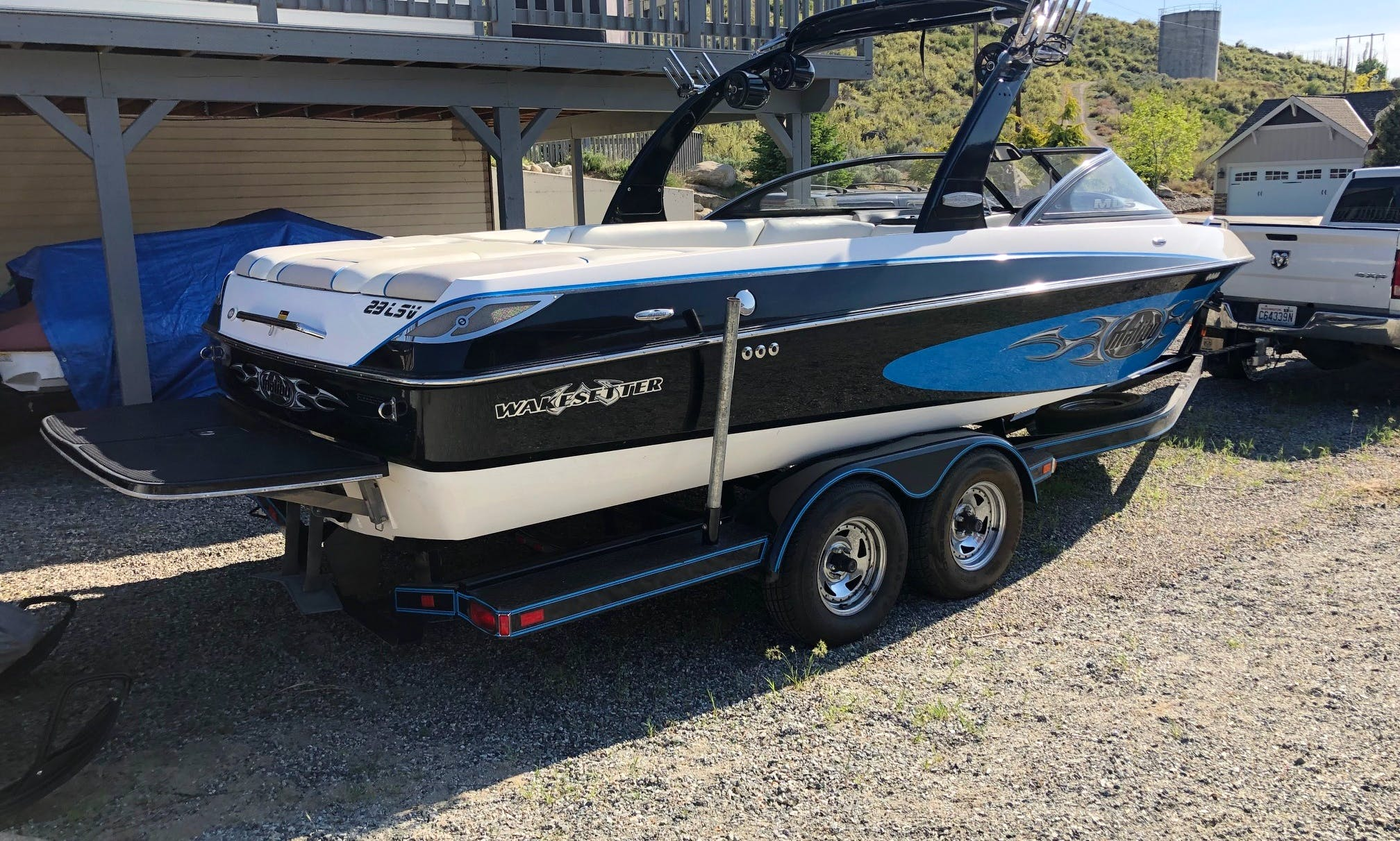 Malibu Wakesetter LSV for rent in Lake Chelan and on the Columbia River
