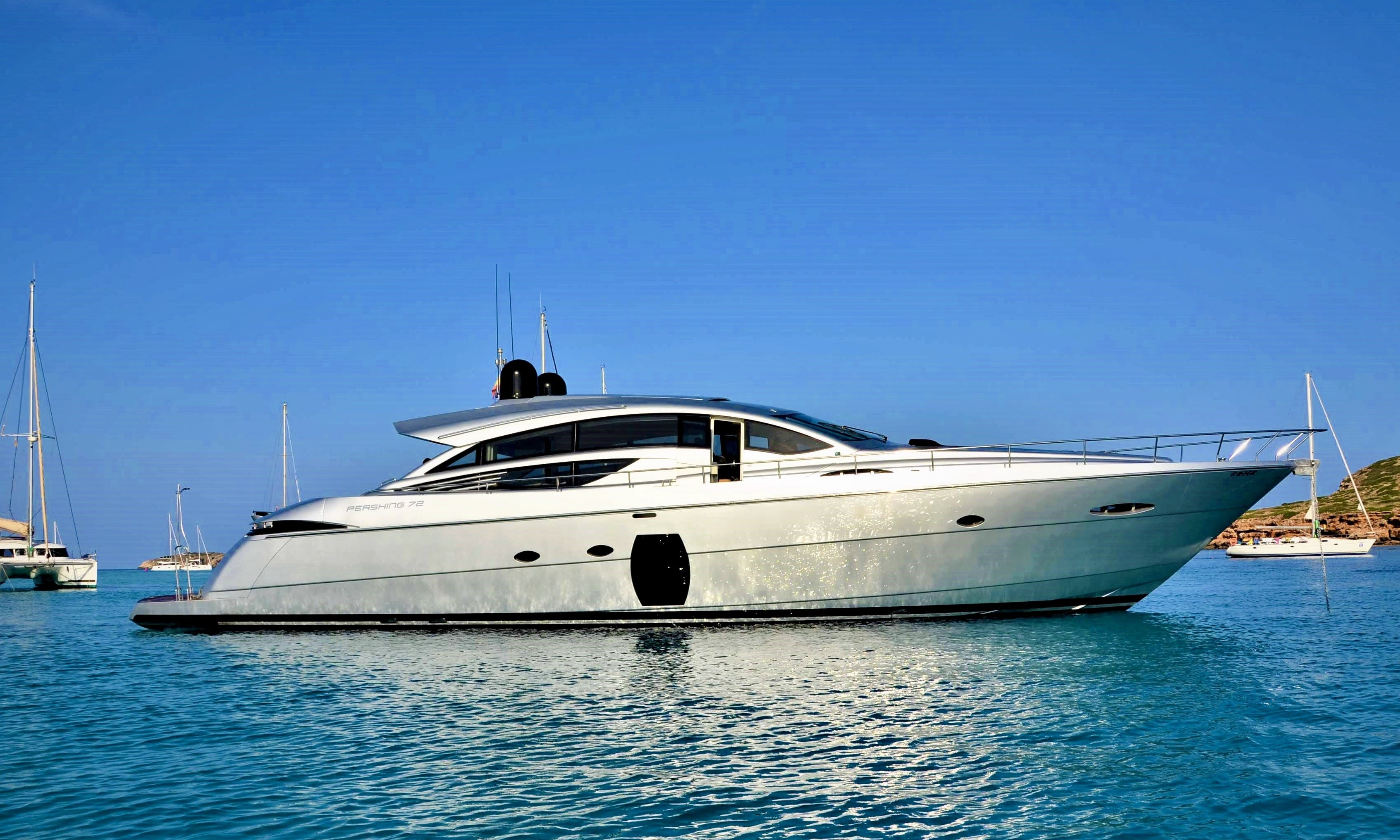 Elegant Pershing 72 Motor Yacht in Ibiza, Spain for 10 Guests